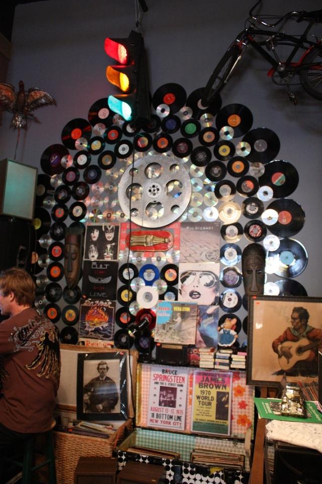 back wall juke box 45